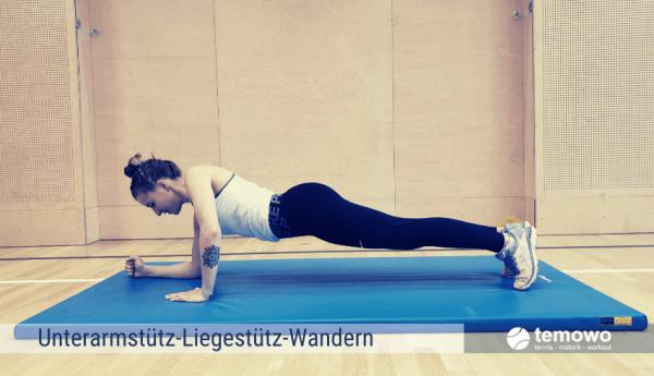 Fitnesstraining für zu Hause Unterarmstütz-Liegestütz-Wandern